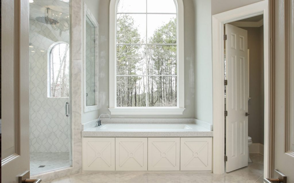 Create a cozy master bathroom renovation this winter